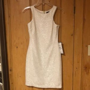 White & gold sparkled dress👑